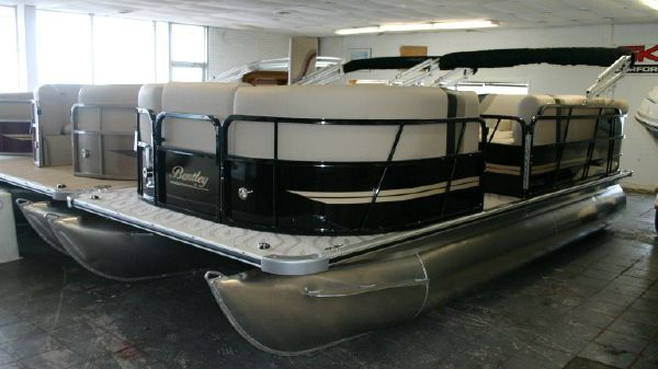 Bentley Pontoons 200 Cruise SE