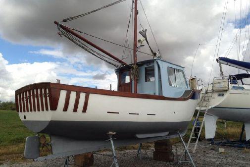 Tamar 2000 Fishing image