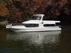Bluewater 510 Coastal Cruiser