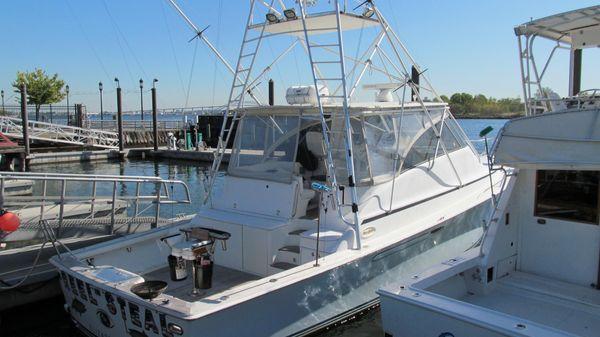 Ocean Yachts 48 Express
