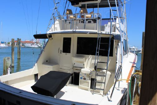 Hatteras Convertible Mann Power image