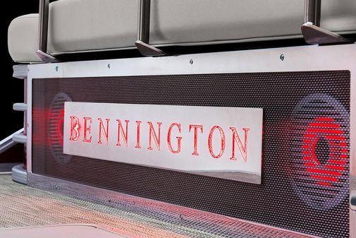 Bennington L 22 Swingback image