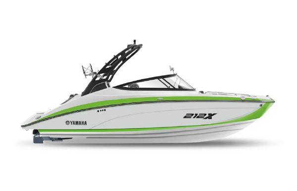 2022 Yamaha Boats 212XE