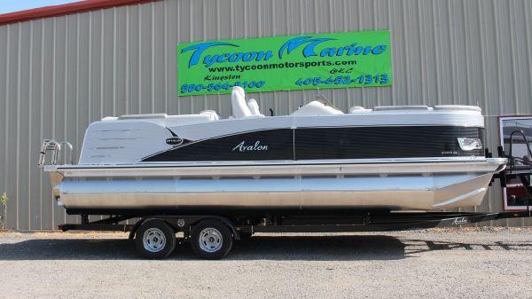 Avalon Catalina Quad Lounger 23'
