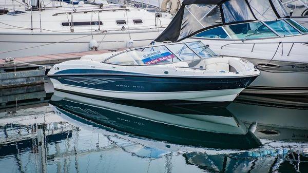 Bayliner 205