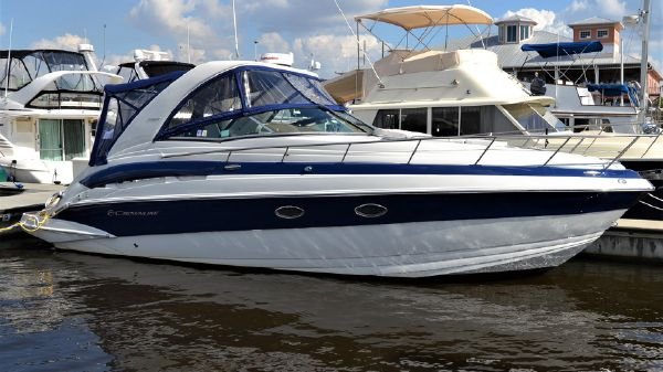 Crownline 330 SY