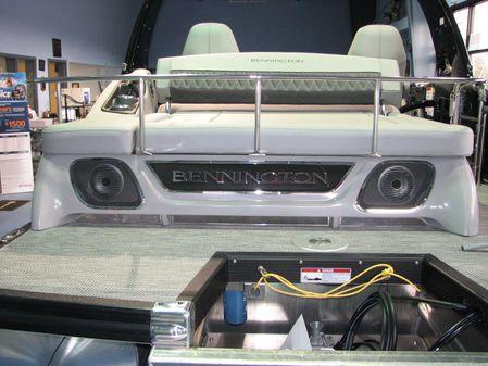 Bennington 24RTSBA image
