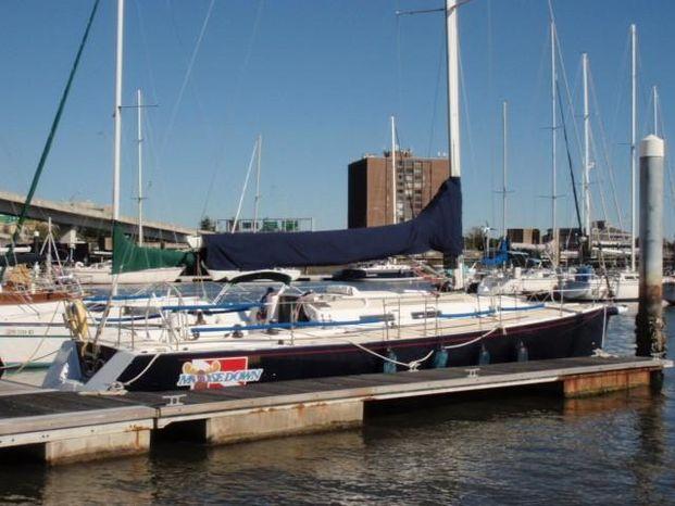 2001 J Boats J 120