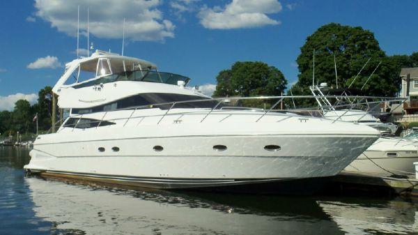 Neptunus 2004 Flybridge Motor Yacht