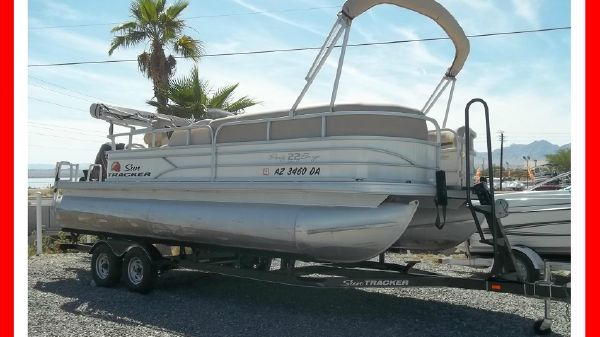 Sun Tracker 22' PARTY BARGE