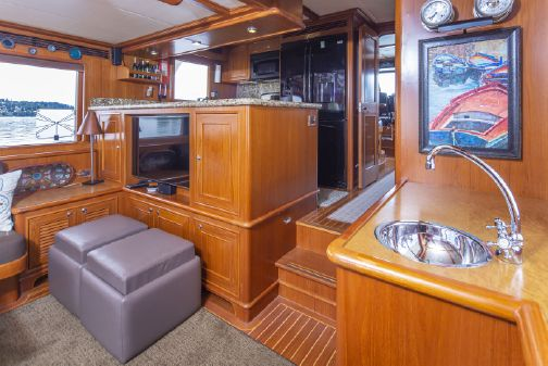 Outer Reef 650 Motor Yacht image