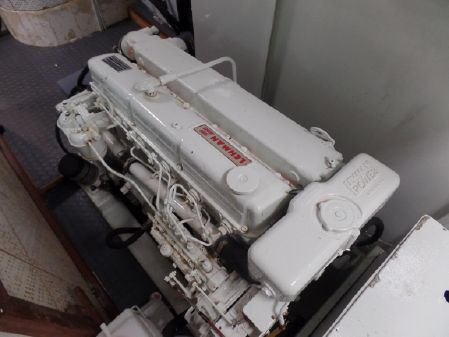 Marine Trader 50 Walkaround image