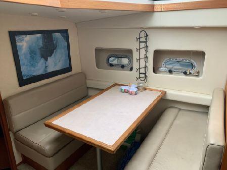 Bayliner 4587 Cockpit Motoryacht image