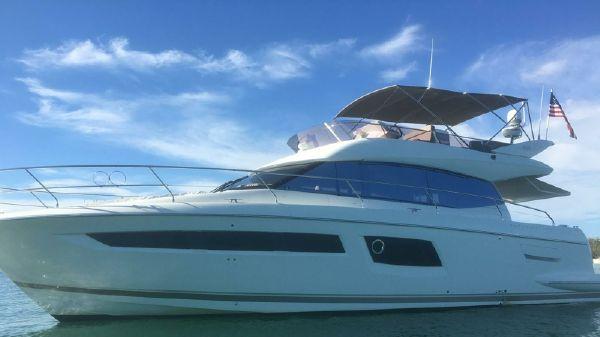 Prestige 500 Flybridge Motor Yacht