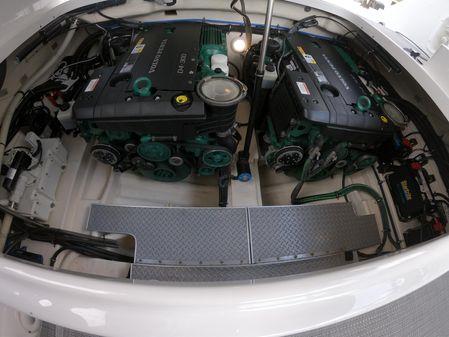 Formula 350 CBR lift kept DIESEL POWER image