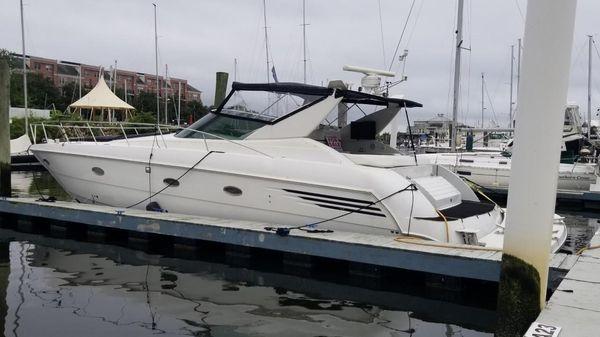 Trojan 440 Express Yacht