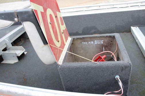 Tracker Bass Tracker II image