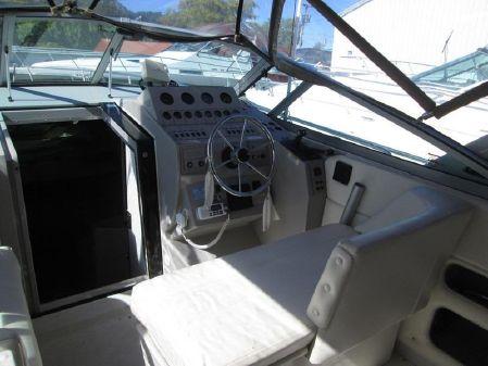 Cruisers Yachts 2870 Express image