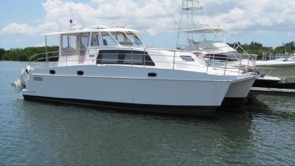 Endeavour Catamaran 440 Express