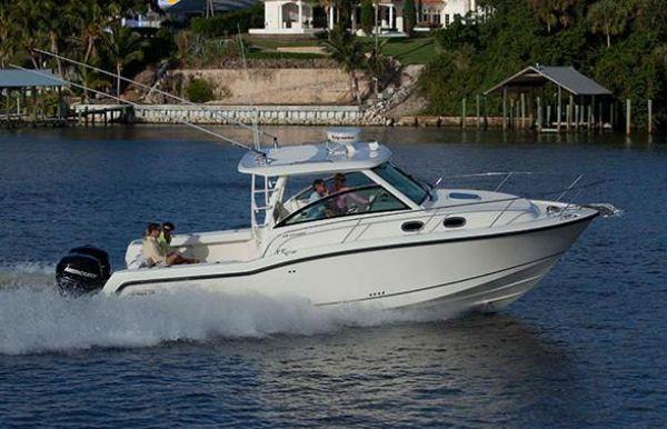 2020 Boston Whaler 315 Conquest