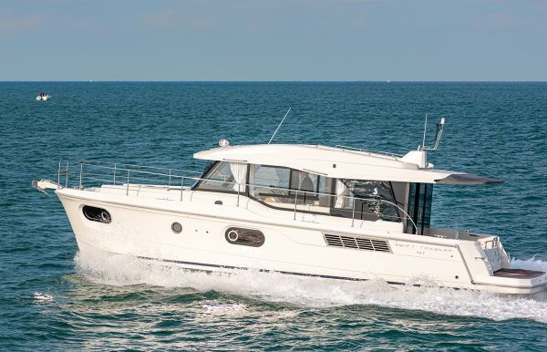 2021 Beneteau Swift Trawler 41 Sedan