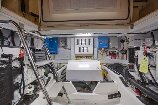 Sabre 45' Salon Express image