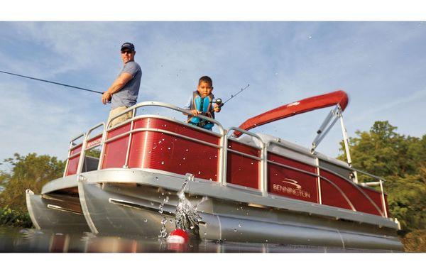 2021 Bennington SV 18 Fishing