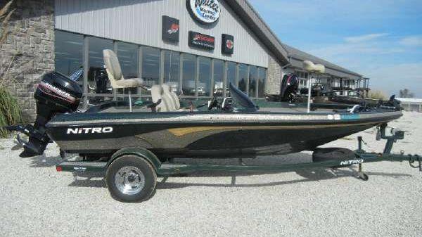 Nitro 2001 Nitro NX 750 Bass Boat