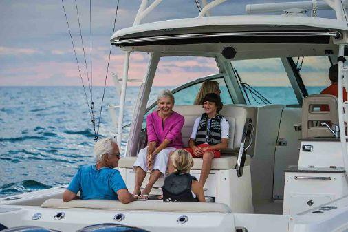 Boston Whaler 345 Conquest image