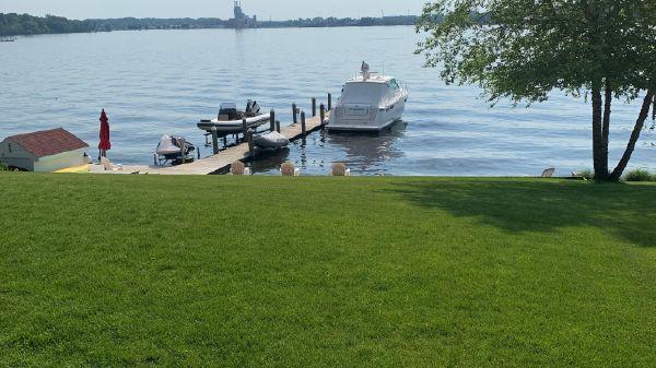 Tiara Yachts 39' Sovran