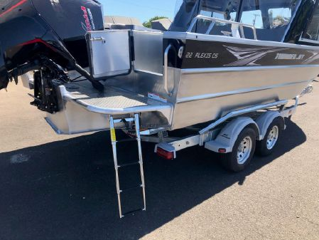 Thunder Jet Alexis Outboard Offshore image