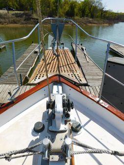 Marine Trader Islander Trader image