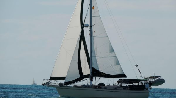 Island Packet 38 New sails