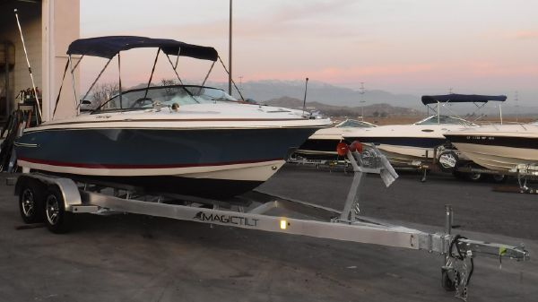Chris-Craft Lancer 20
