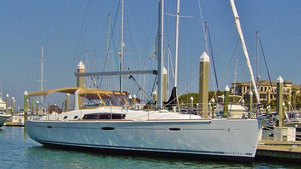 Beneteau Oceanis 50 EQUINOX at slip on HHI