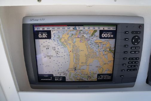Everglades 325 Center Console image