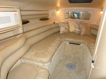 Sea Ray 280 Cuddy Cabin image