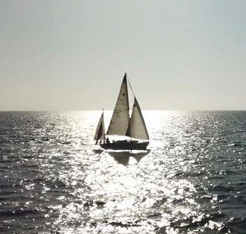 Alberg Odyssey image
