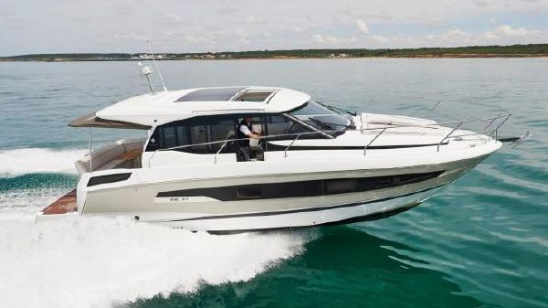 New Jeanneau Boats For Sale - Louis Marine Ltd in United States