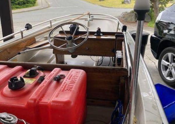 Tollycraft 48 Cockpit Motor Yacht image