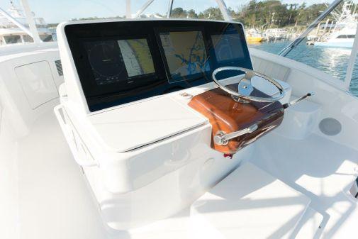 Hatteras GT65 Carolina Series image