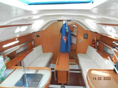 Beneteau First 33.7 image