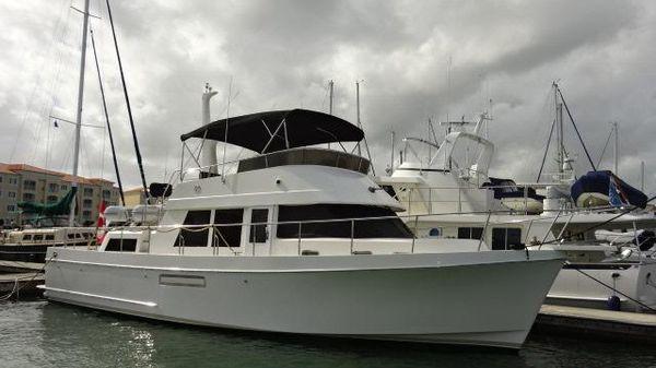 Ocean Alexander 48 Classico Aft Cabin Trawler 48' Ocean Alexander starboard forward profile