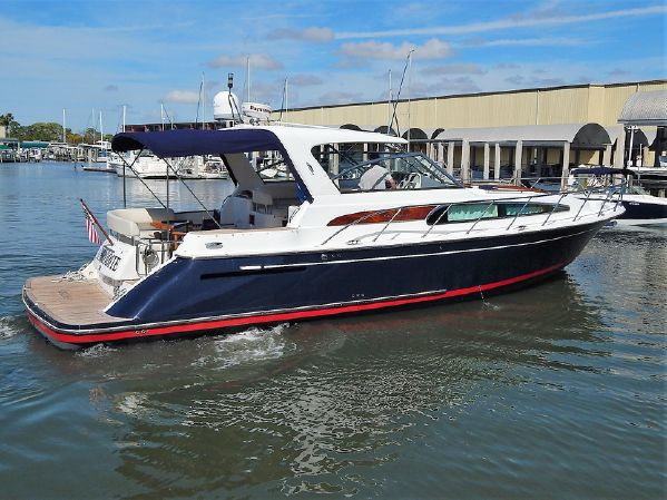 Chris-Craft Roamer 40