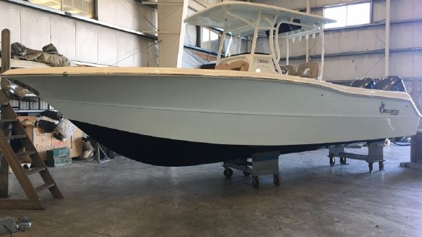 Key West Billistic 281 Center Console