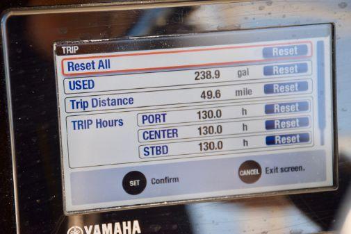 Stamas 390 Tarpon image