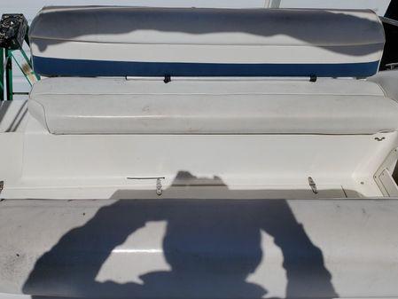 Rinker 280 Fiesta Vee image