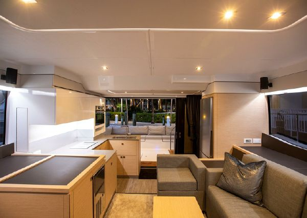 Fountaine Pajot MY 40 image