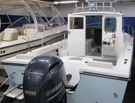 Parker 2120 Sport Cabin - main image