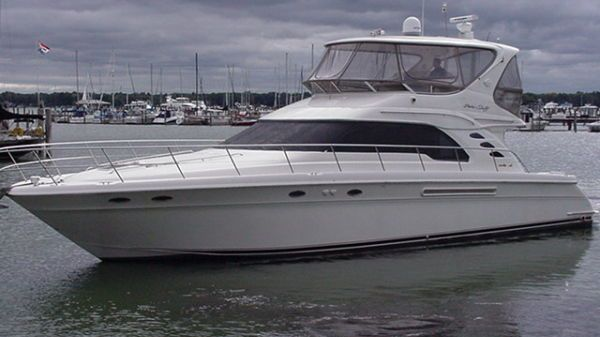 Sea Ray 560 Sedan Bridge Photo 1